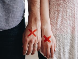 """What if my partner isn't really """"The One""""?: The Do's and Don'ts of Relationship Anxiety"""